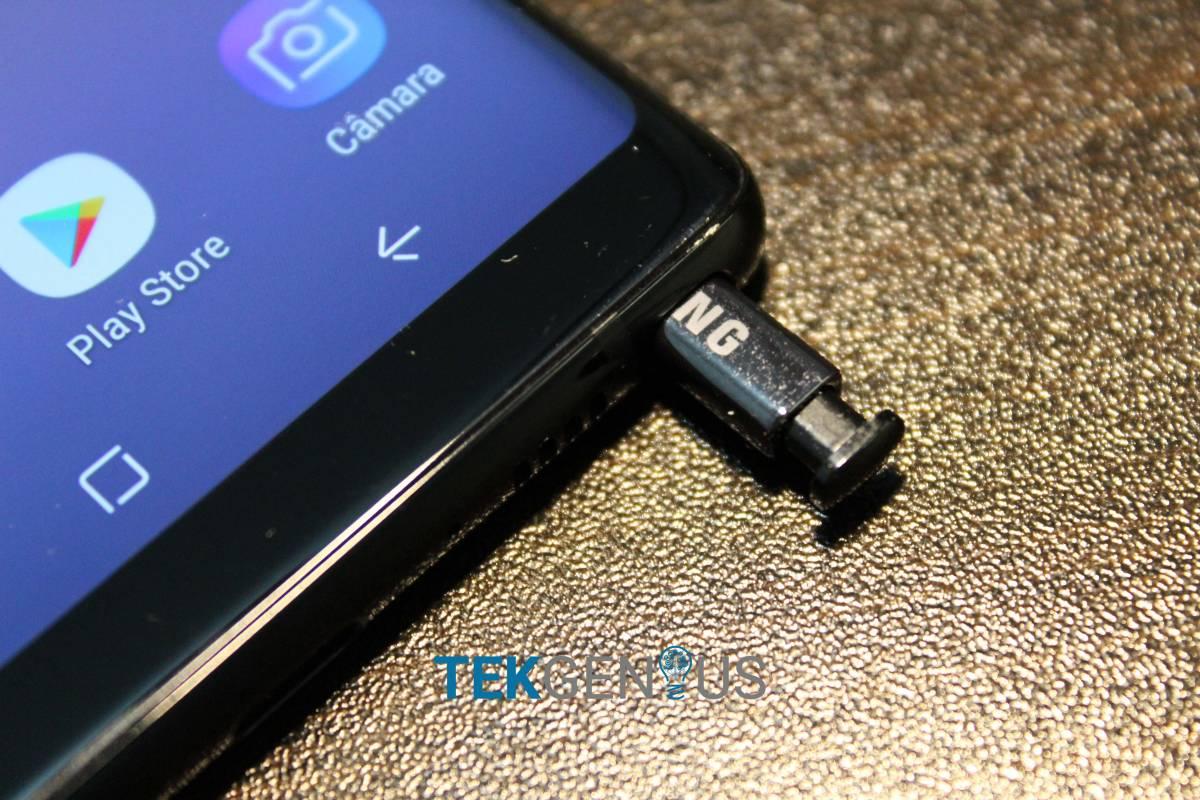 Samsung zomba dos 10 anos do iPhone em novo comercial