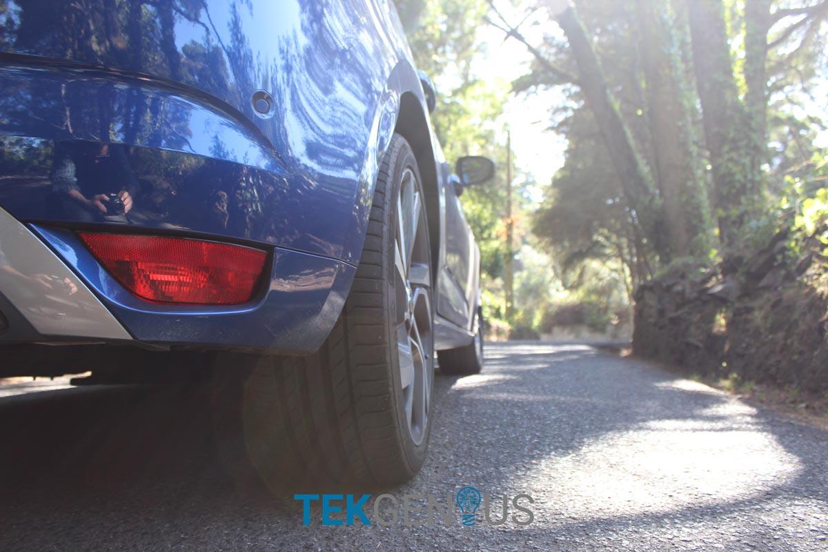 Renault-Megane-GT-1
