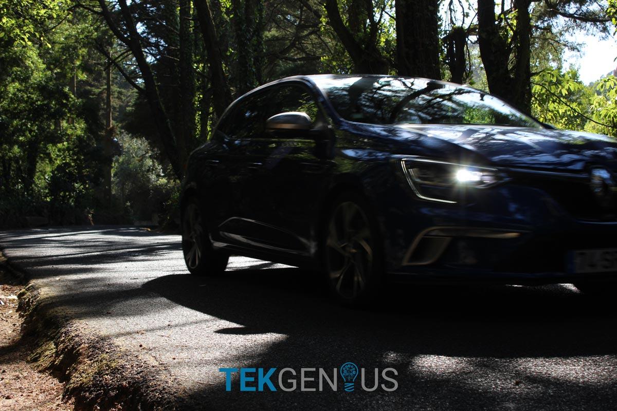 Renault-Megane-GT-14