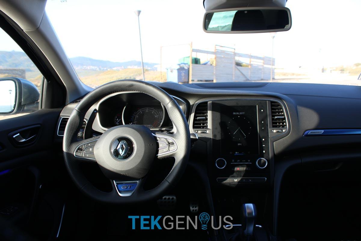 Renault-Megane-GT-31